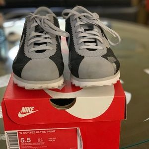 Wmns Nike Cortez Sneaker